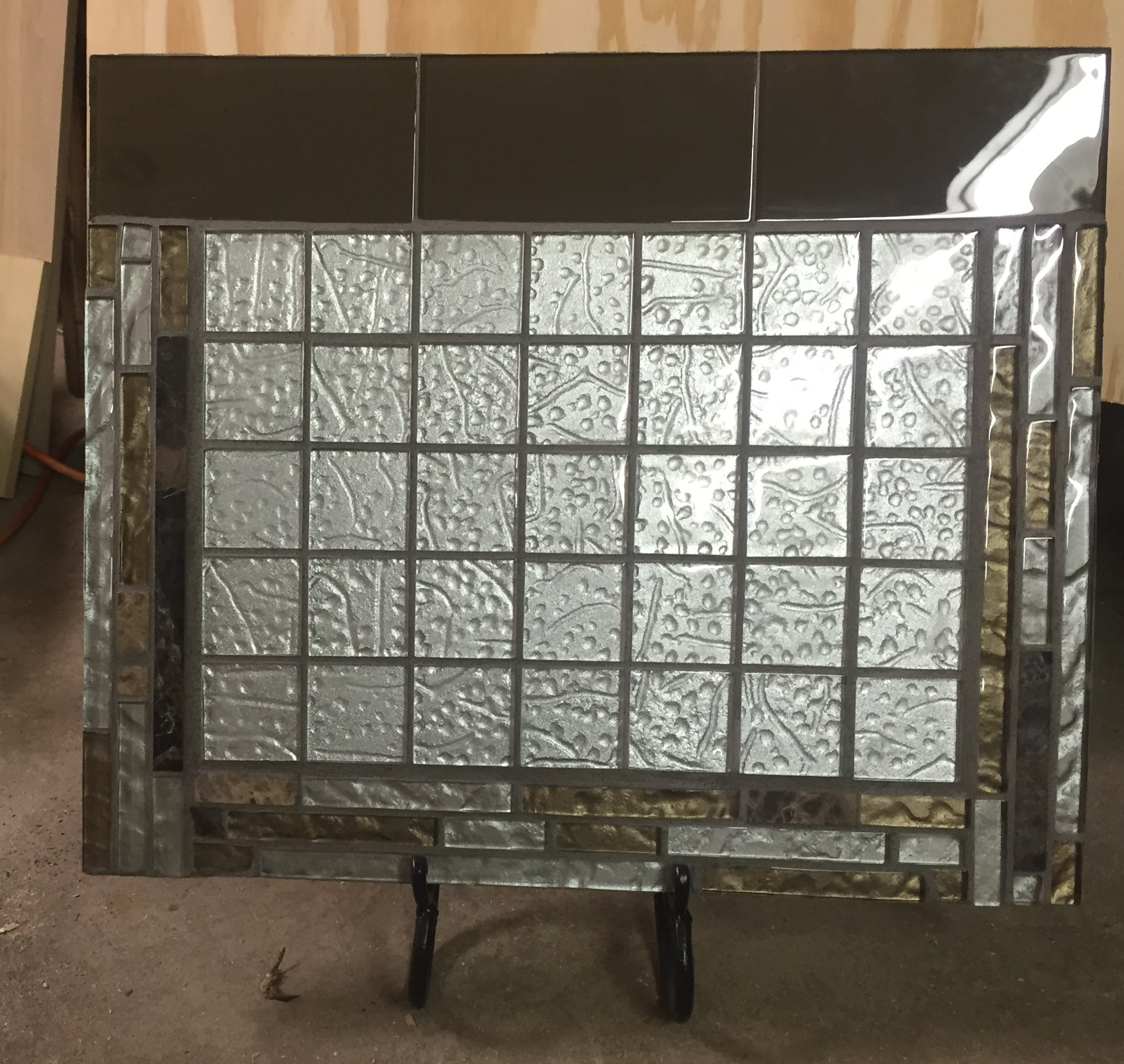 Calendar11, glass tiles in silver and brown, finished (2)