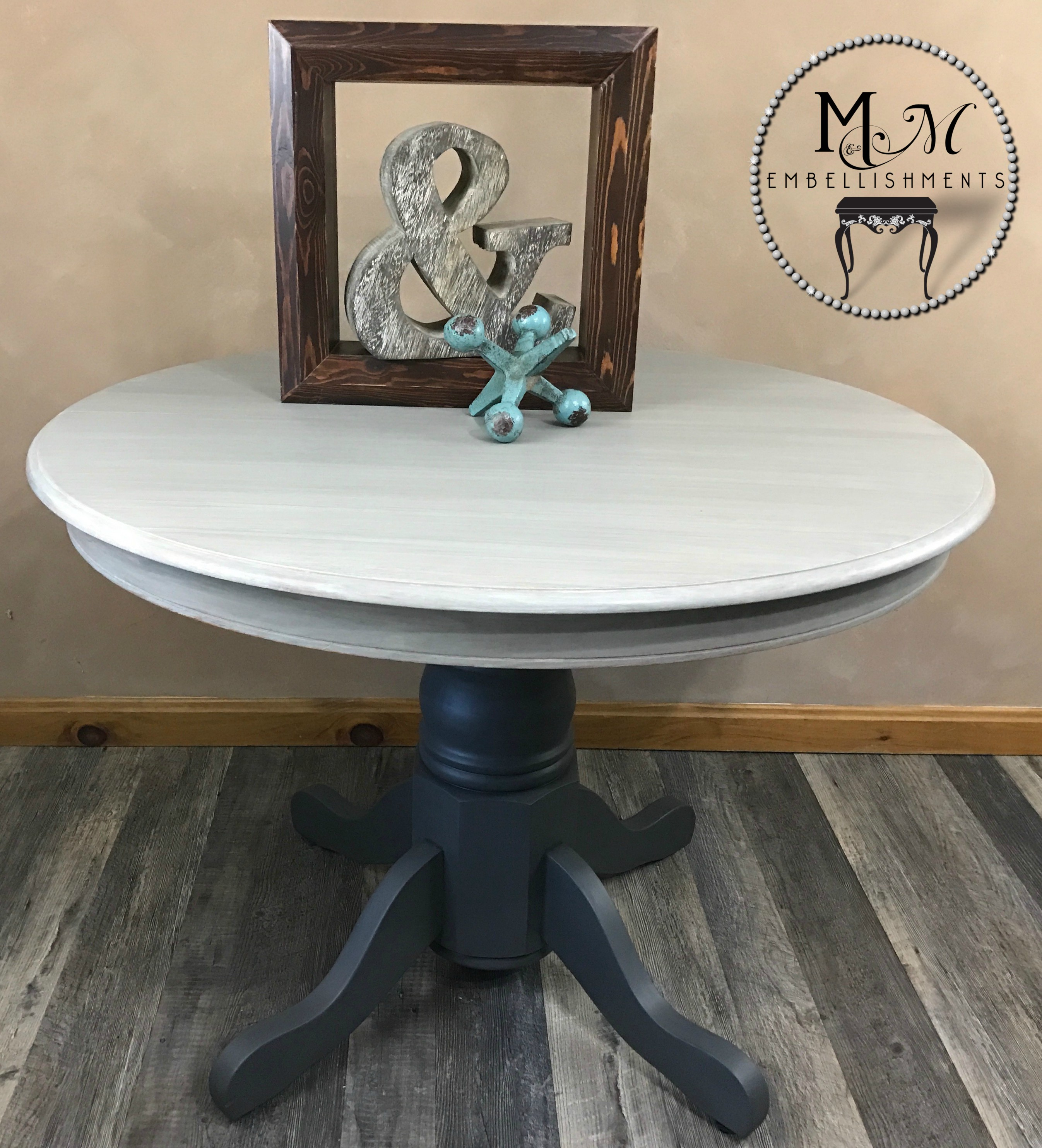 19 gray washed table
