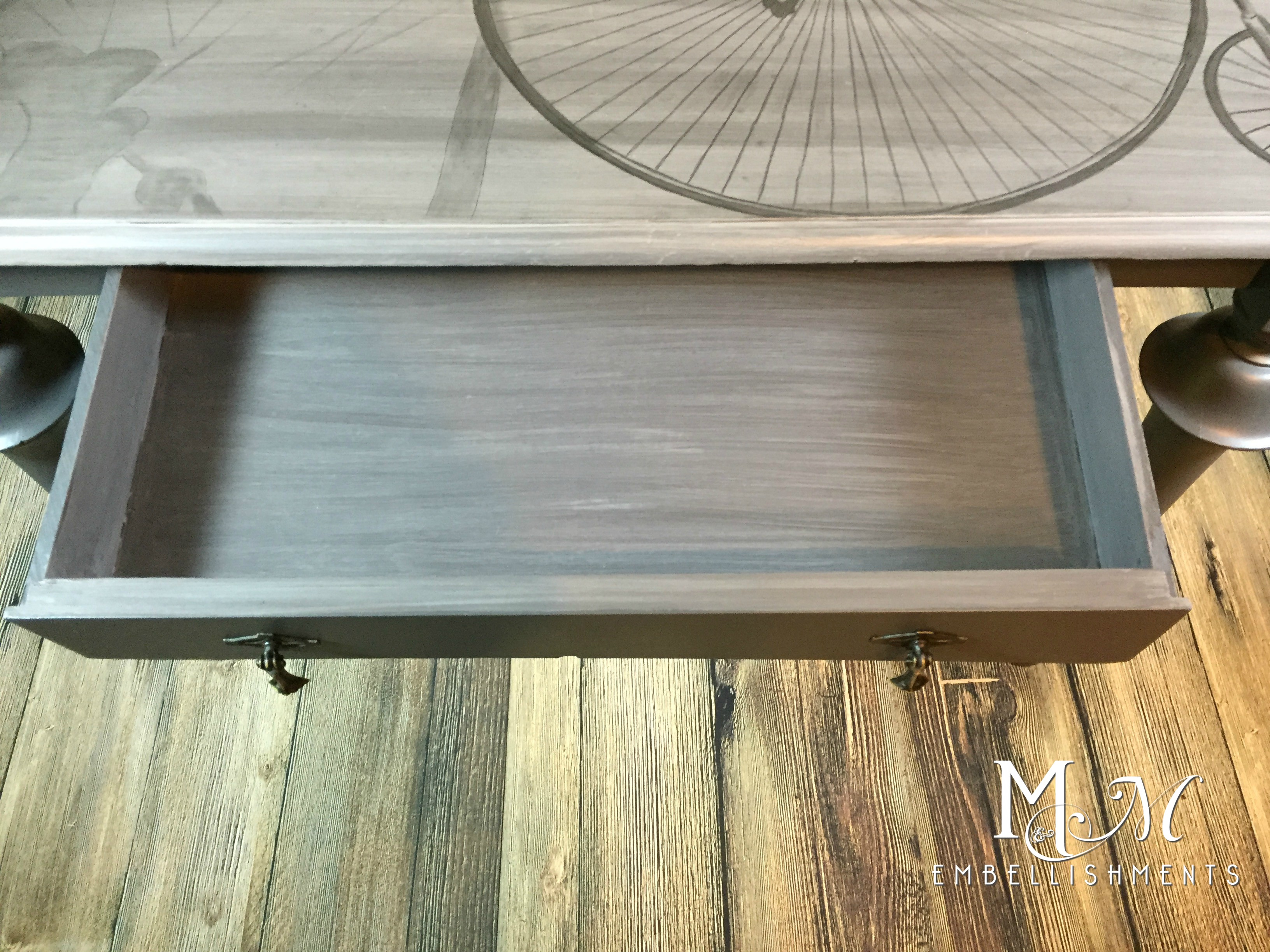 Drawer Detail Bicycle Writing Desk