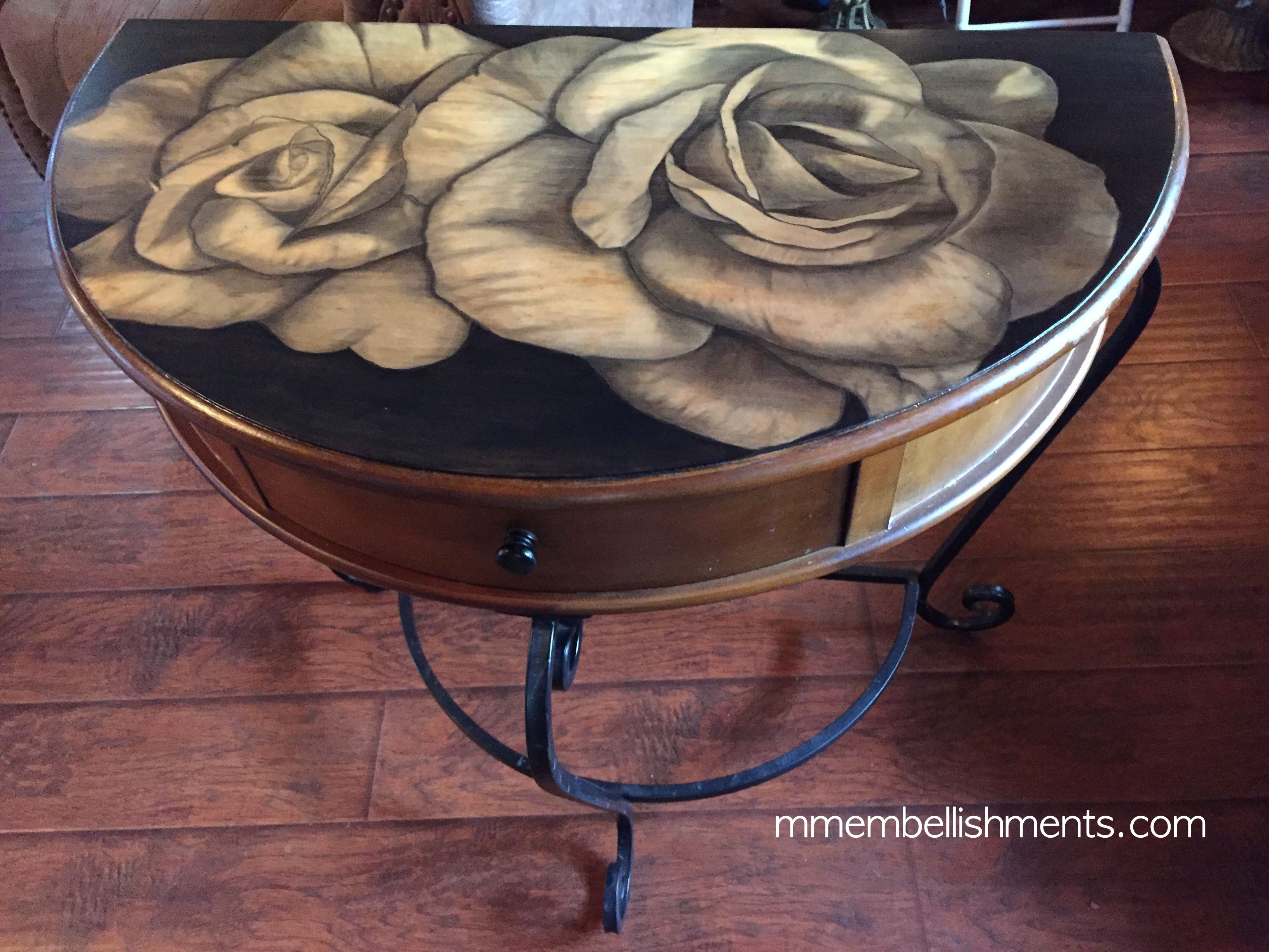 34 Double Rose STain Table