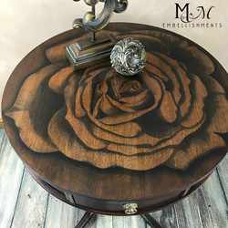 Stain Shading Rose Table