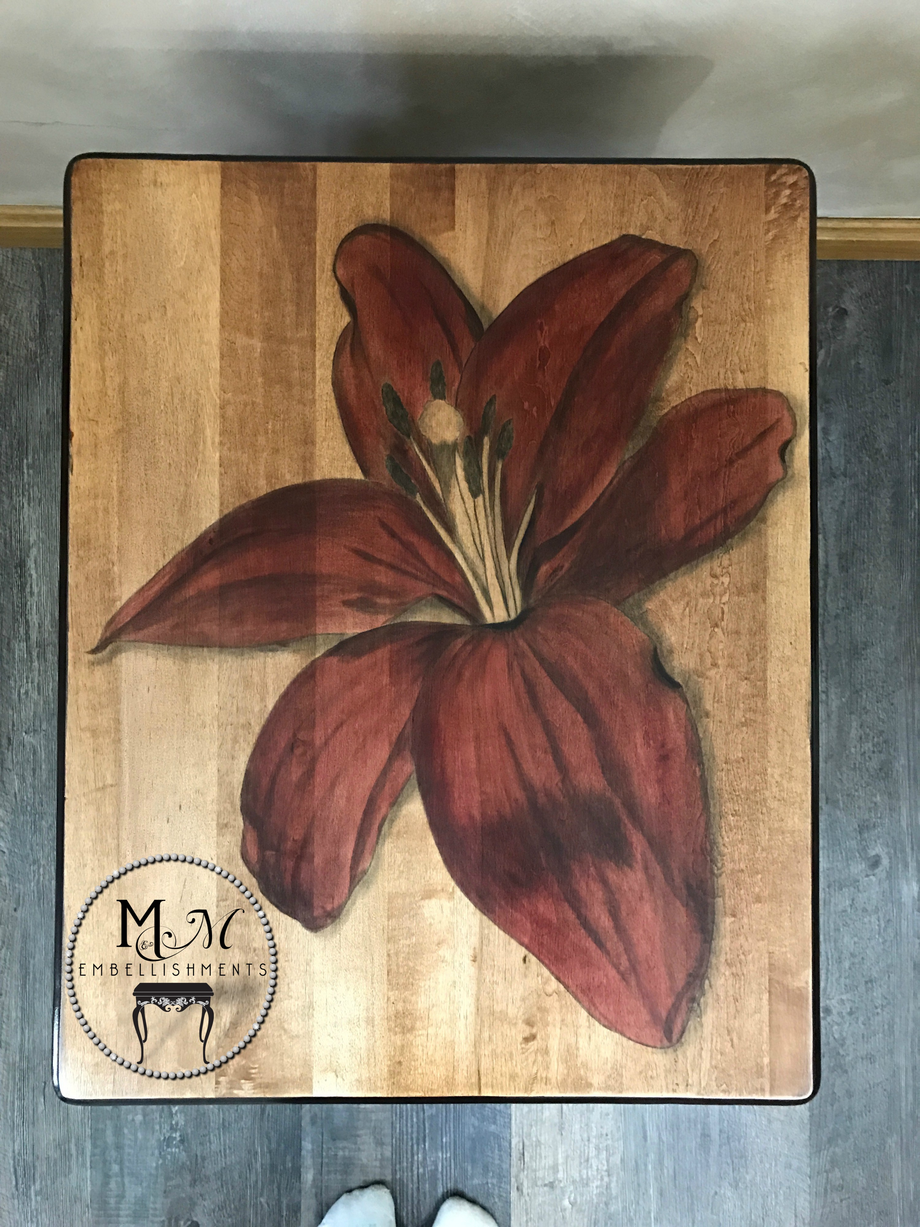 13 Red Stained Lily