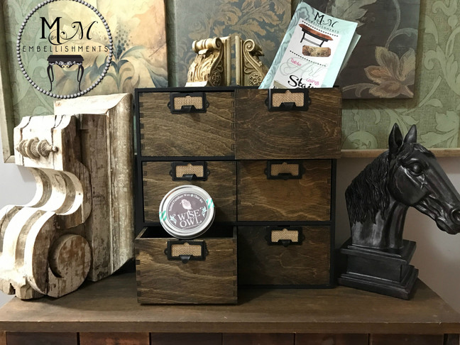 How to make your own Apothecary Cubby