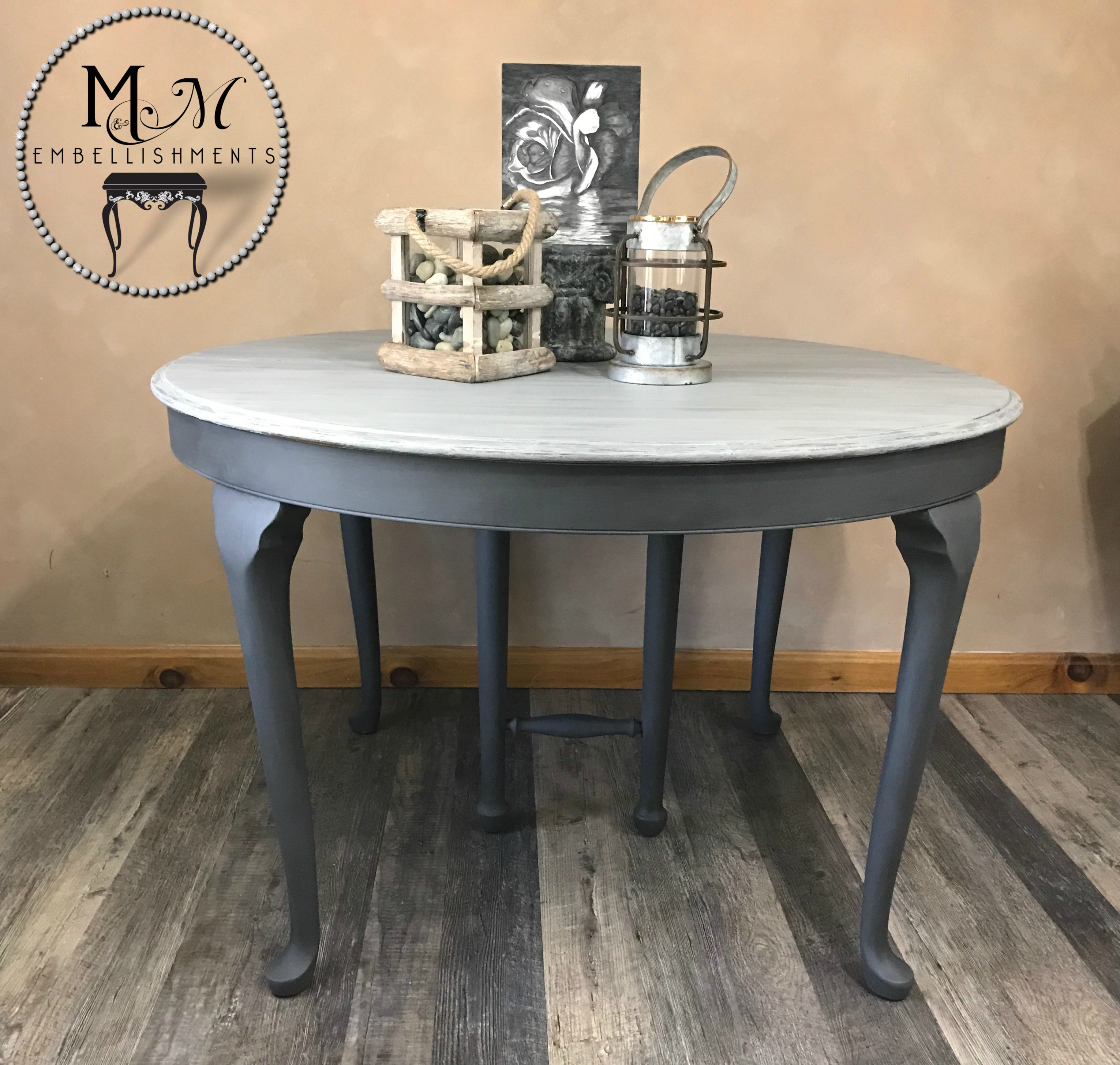 9 Gray Wash Table