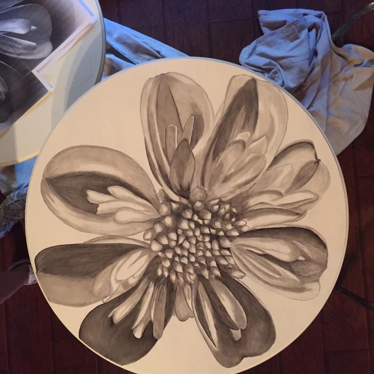 8 Queen Ann tables, Magnolia 1