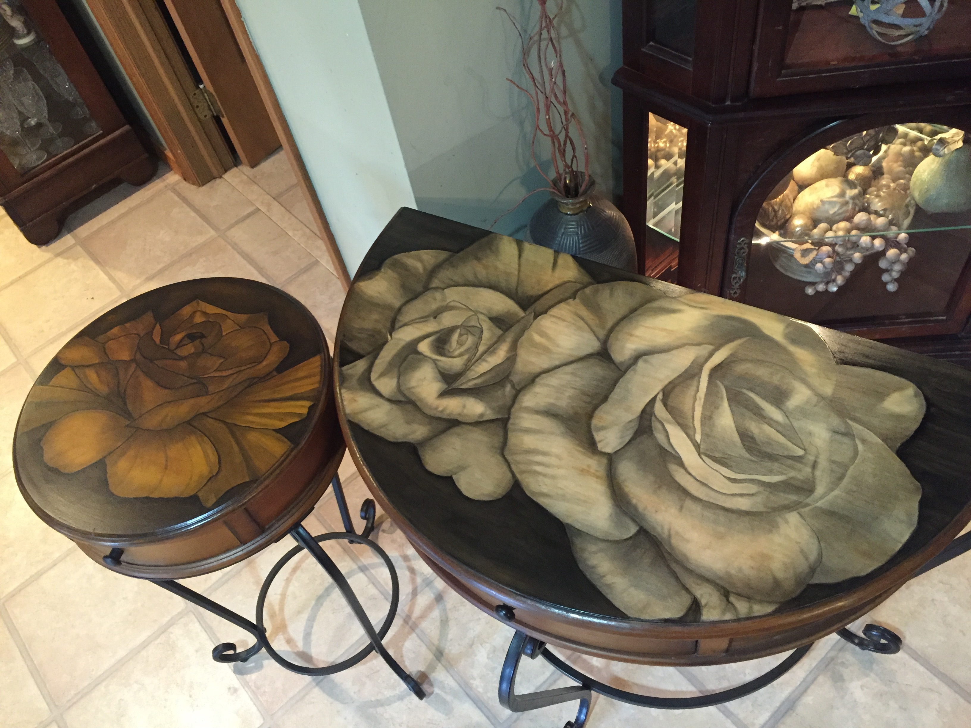 30 Double Rose STain TAble