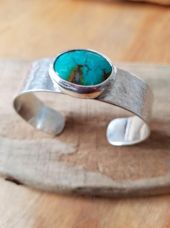 small tuquoise cuff.jpg