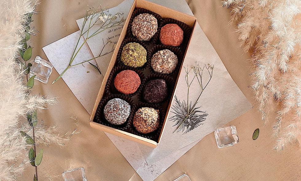 Набор из 8 конфет ручной работы
