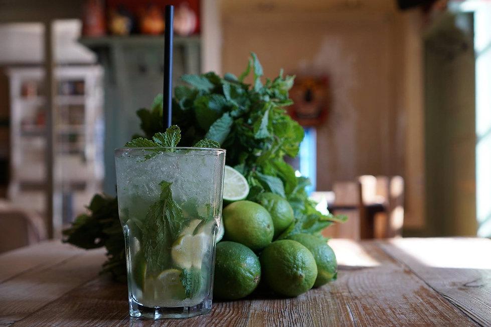 typischer Cocktail im Iguana: Mojito