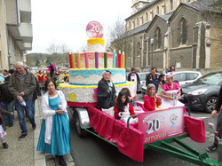 Carnaval  2015 Gâteau du 20ème (54).JPG