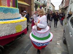 Carnaval  2015 un gros gâteau à partager (75).JPG