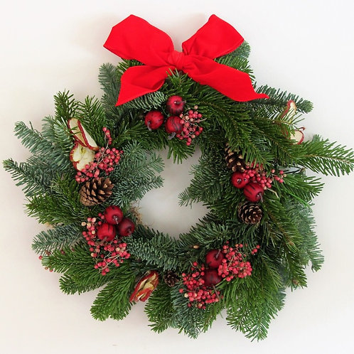 Red Christmas Wreath (30cm)