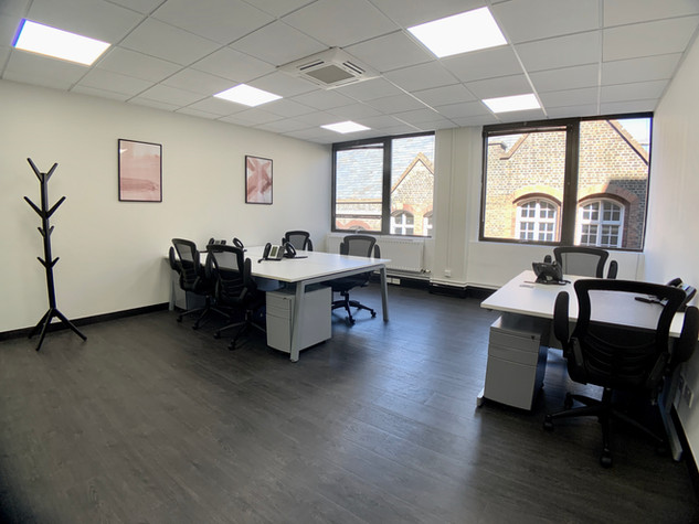 6 Person Office