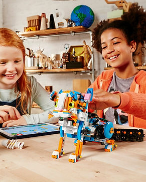 LEGO_BOOST_FOTO1_CAT_V351 2.jpg
