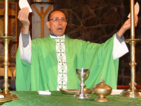 Father Hilario Cisneros ministers to immigrants