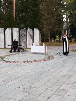 Auferstehungsandacht am Waldfriedhof