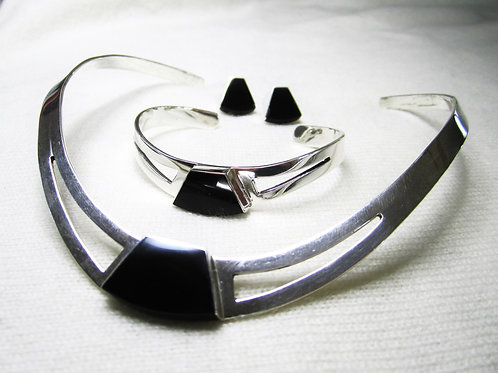 Klave, armring øredobber med Onyx