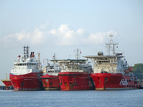 vessel-1493289_1280.jpg