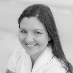 Caroline Cooley, E-RYT 200