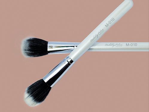 Brush M-010