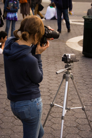 Photography in the street with a tripod