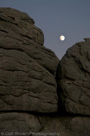 Moon over Haytor.jpg