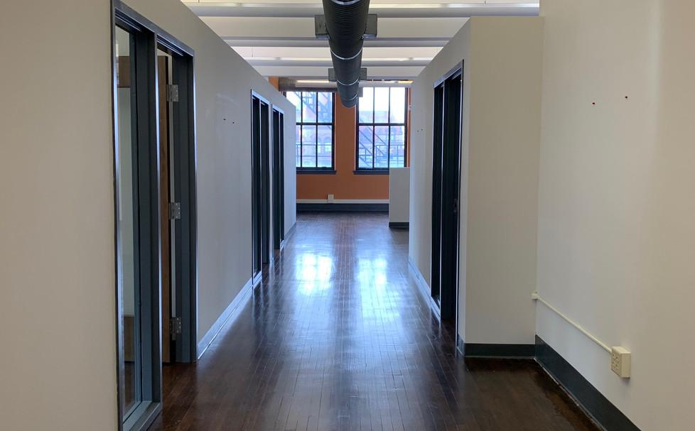 811 Race - 4th Floor - Interior 06.jpg
