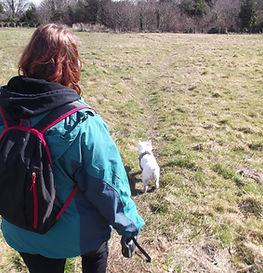East Lothian Dog Walker Vikki Walking Dog in Musselbugh