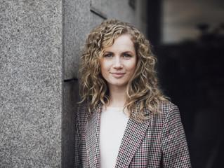 Schauspielerin Cornelia Gröschel (Tatort Dresden) ist die erste BIOS Opferschutz-Botschafterin