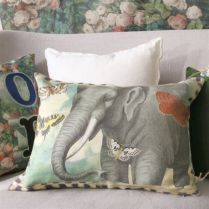 Elephant's Trunk Sky | Kudde | John Derian for Designers Guild