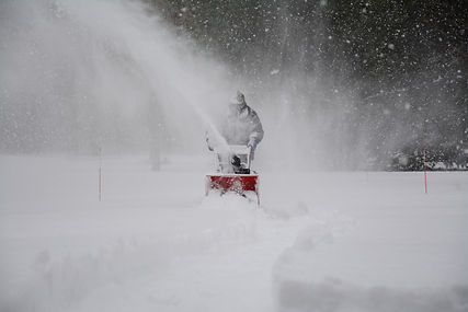 snow-removal-1853220.jpg