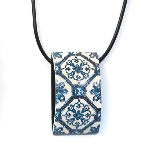 Floral Tile Curved Pendant