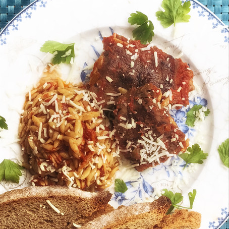 "Oven baked beef and orzo casserole - The Greek ""Giouvetsi"""