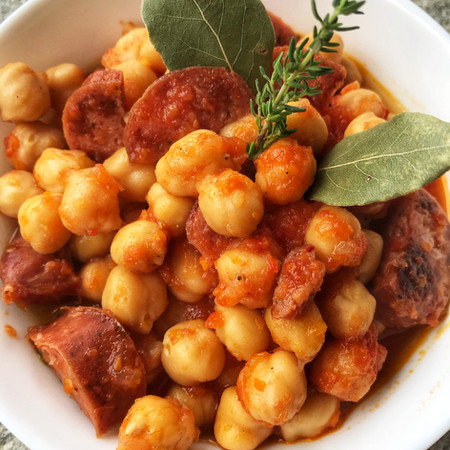 Chickpeas from scratch with Country Sausage