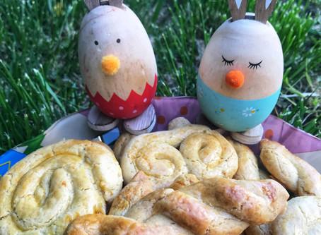 Greek Easter Cookies (aka koulourakia)