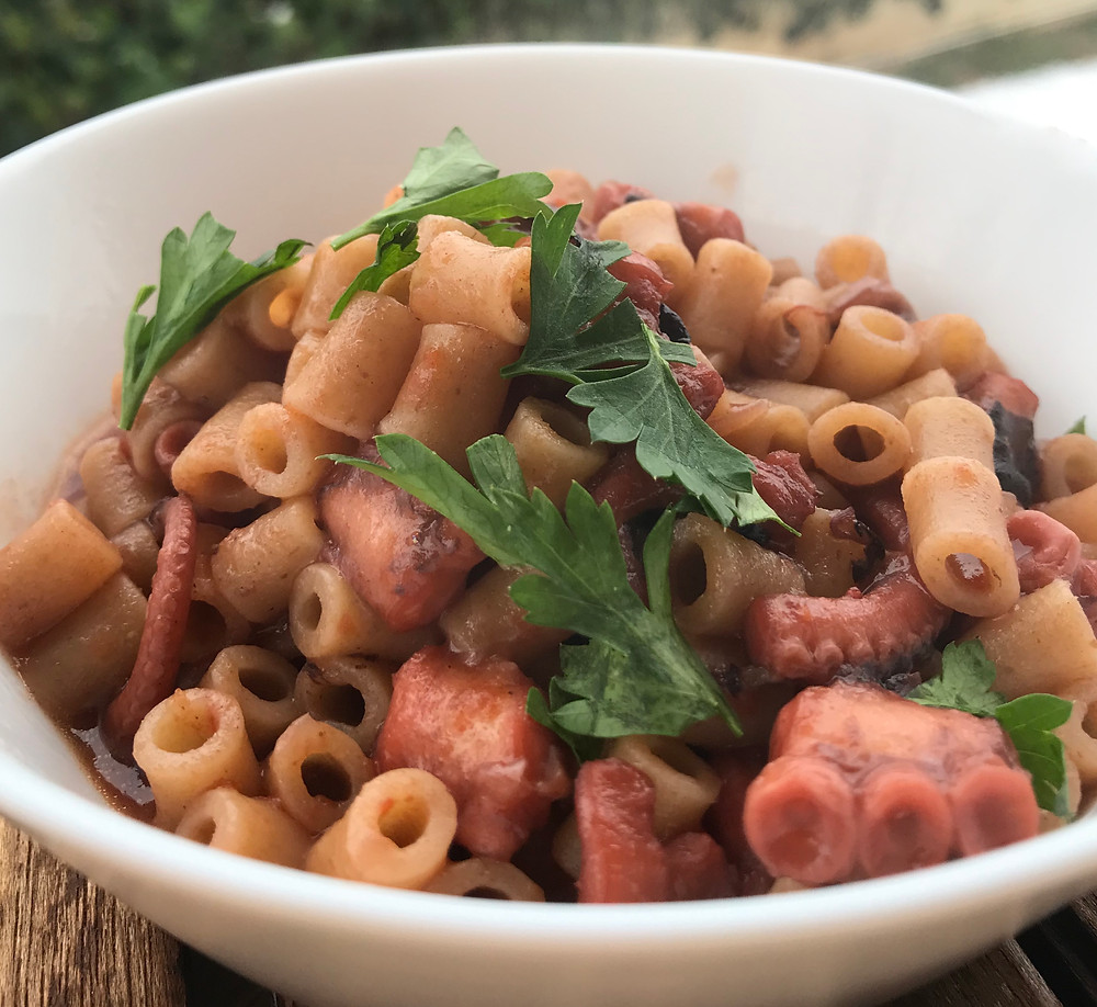 How to make Greek octopus stew