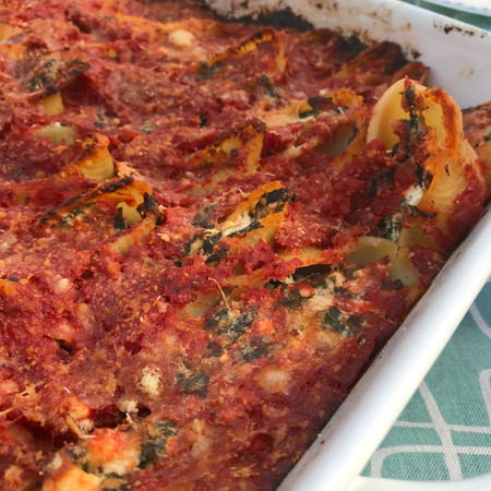 Spinach and Ricotta Stuffed Giant Shells