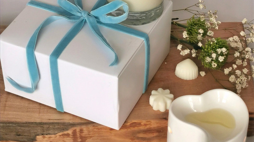 Gift Box - Candle,Wax Burner & Melts