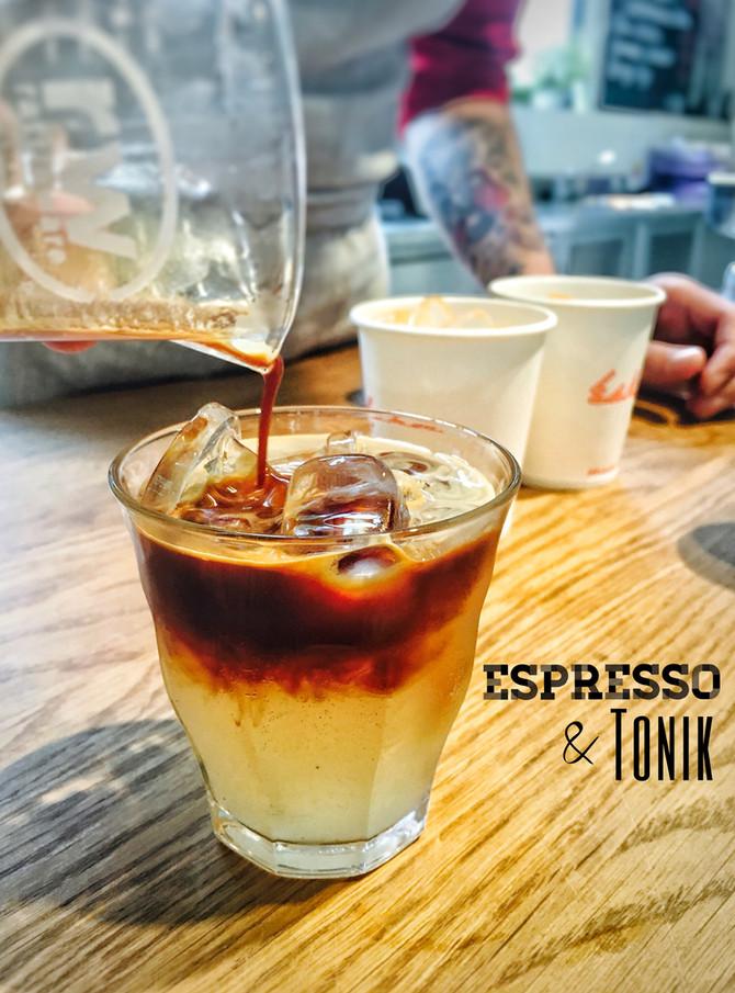 Espresso & Tonik podle Esky