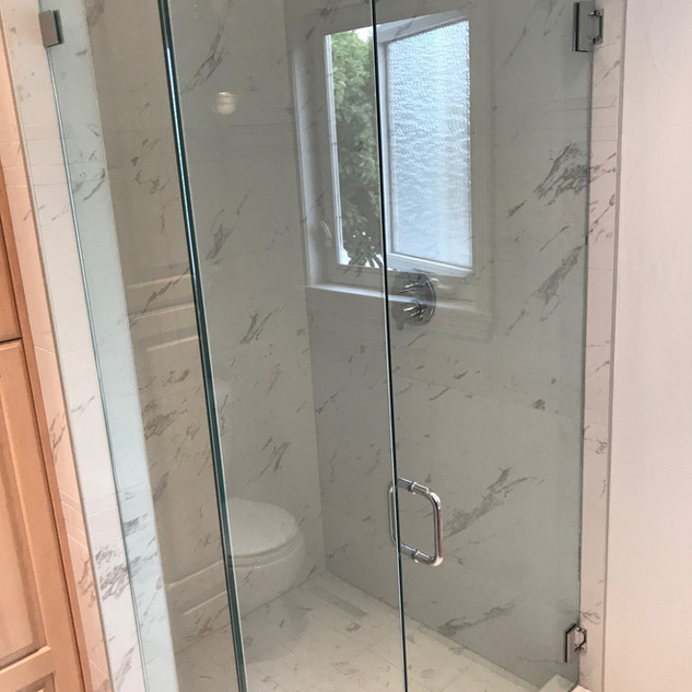 shower_glass_frameless_3.jpeg