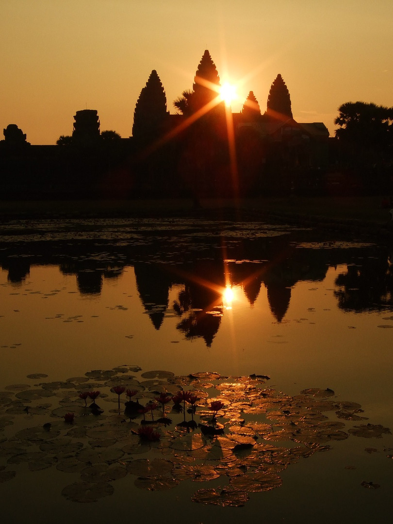 Sunrise Tour at Angkor Wat