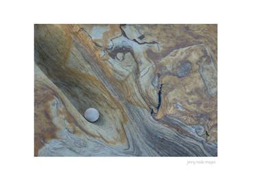Pebble on Rock 002