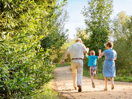 Abuelos y nietos – un amor puro que solo se multiplica