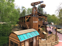 explorer_golden_walibi_5