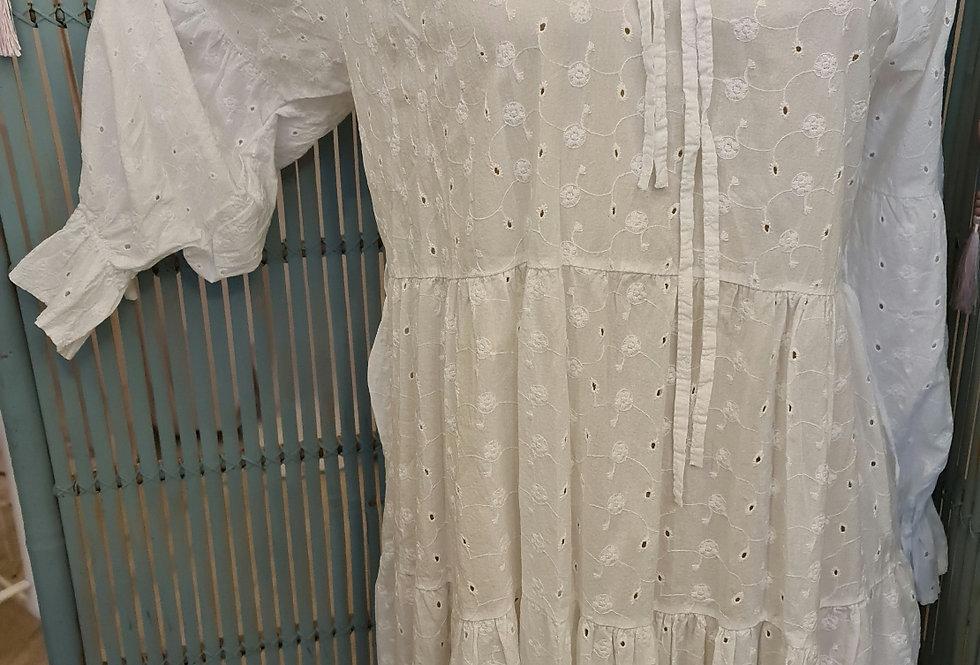 Tunique ou petite robe brodée