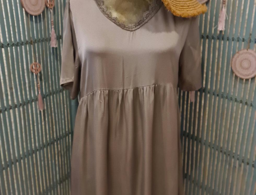 Robe ou Fond de Robe