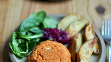 Easy Suppers: Smokey chickpea burgers