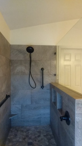 Hidden Shower Niches