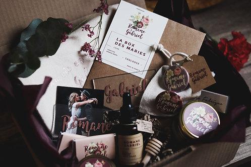 """Cadeau original : La Box pour les mariés thème """" La vie en rose """"l"""