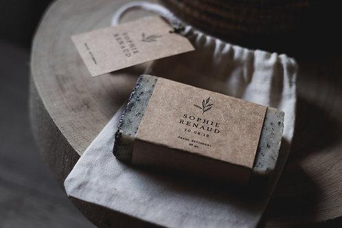 Cadeaux invités - Savon artisanal environ 95 gr etiquette personnalisée + pochon